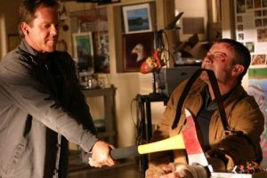 jack bauer chops chase hand