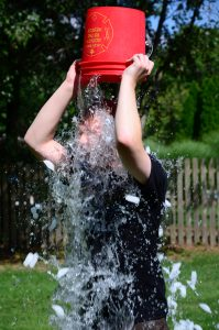ALS ice bucket challeng